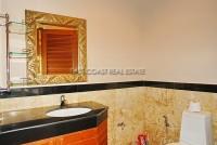 Private house in Jomtien 543350