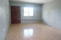 Private house in Soi Sang Petcharat 105961