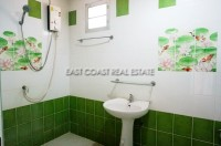 Private house in Soi Sang Petcharat 105962