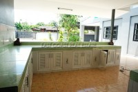 Private house in Soi Sang Petcharat 105964