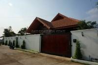 Privet House  93531