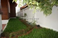 Privet House  93534