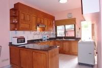 Raviporn Place 695513