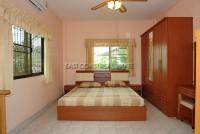 Raviporn Place 695522