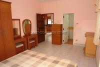 Raviporn Place 695524