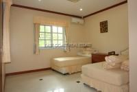 Regent Estate  527216
