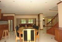 Regent Estate  52726