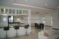 Regent Estate 2 792310