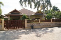 Rose Land & House houses For Sale in  East Pattaya