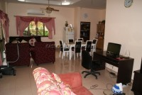 Rose Land House 91837