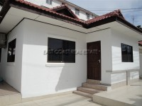 Royal Park Village Houses For Rent in  Jomtien