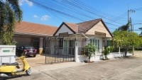 Ruen Pisa houses For sale and for rent in  East Pattaya
