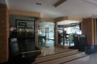 SL Sports Lounge 101909