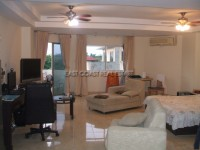 STS Condominium For Sale in  South Jomtien