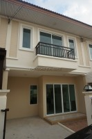 Sansuk Town houses For Sale in  East Pattaya