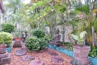 Siam Garden 1048117