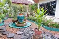 Siam Garden 1048118
