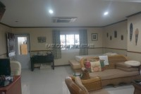 Soi Arunothai Apartment 865031