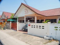 Soi Nermplabwahn Houses For Sale in  East Pattaya