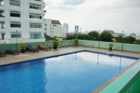 Sombat  Condominium For Rent in  Pratumnak Hill
