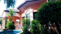 Ta Tawan Village houses For Rent in  East Pattaya