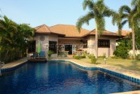 Takien Tia houses For Rent in  East Pattaya