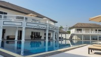Temple Lake Villas  Houses For Sale in  East Pattaya