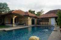 Thepnimit Villa houses For Rent in  East Pattaya