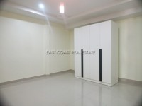Town house in Soi Arunothai 103035