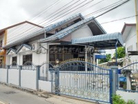 Townhouse Soi Bon Kai houses For Sale in  Pattaya City