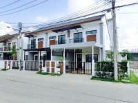 Uraiwan Park Ville houses For Rent in  East Pattaya