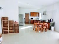 Uraiwan Park Ville 72205