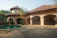 Villa Med houses For Sale in  East Pattaya