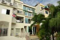 Westbury Apartments 53572