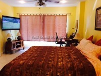 Wongamat Residence  Condominium For Rent in  Wongamat Beach