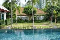 Wongamat Executive Pool Villa 100342