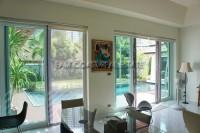 Wongamat Executive Pool Villa 100349