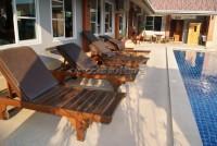 benwadee Resort 793818